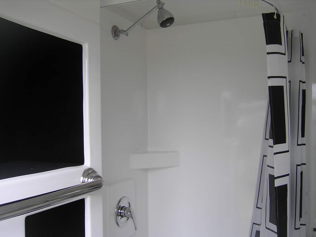 Trailor Mounted Ensuite04